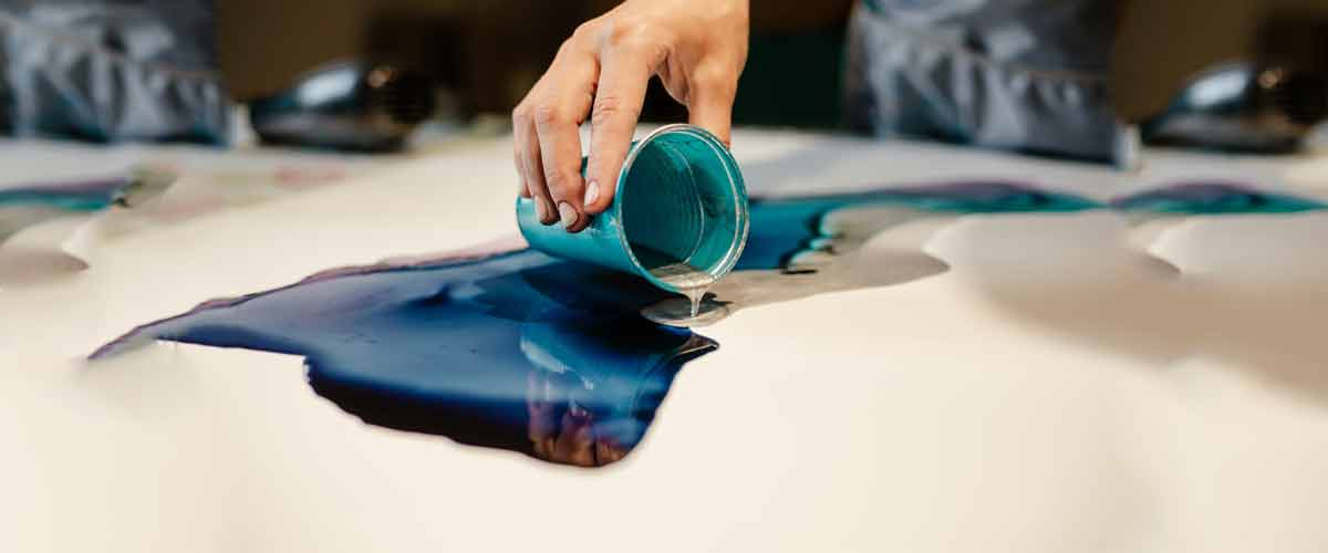 Best epoxy resin river table top